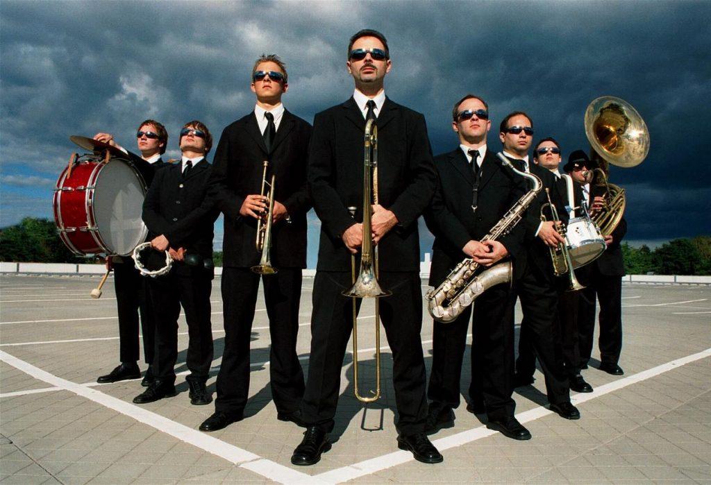 Men In Blech: Deutchse Band mit Blasinstrumenten