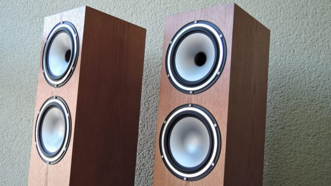 tannoy revolution xt 8f test hifi ifas. Black Bedroom Furniture Sets. Home Design Ideas