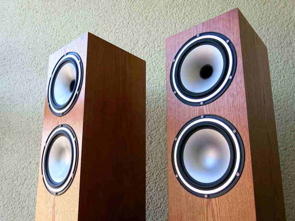 Standlautsprecher Tannoy Revolution XT 8F im Test