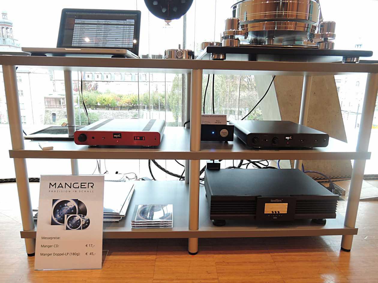 Digital und Analog Acoustic Solid Machine, DPL director, Isotek Sigmass