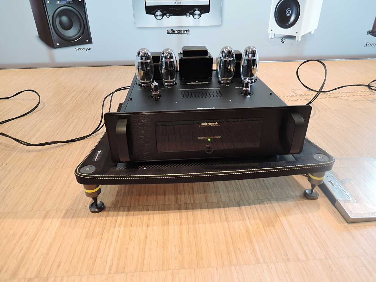 Endstufe Audio Research VT 80