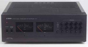 Endstufe Yamaha B1 und VU Controler UC1