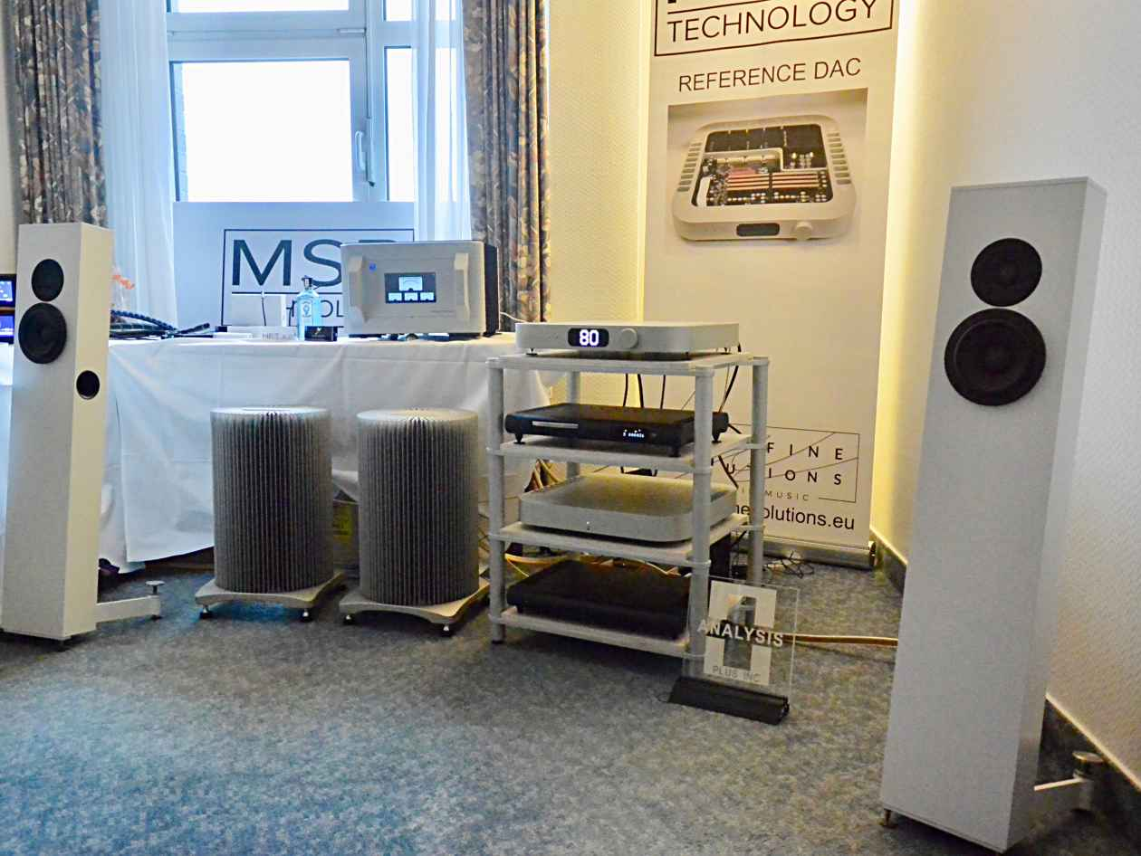 DAC und Mono Verstärker von MSB mit Stereokonzept Model 2, PS Audio Power Plant 20