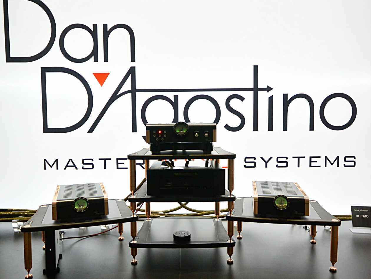Meridian CD player 808 und Dan D´agostino 400 und Momentum