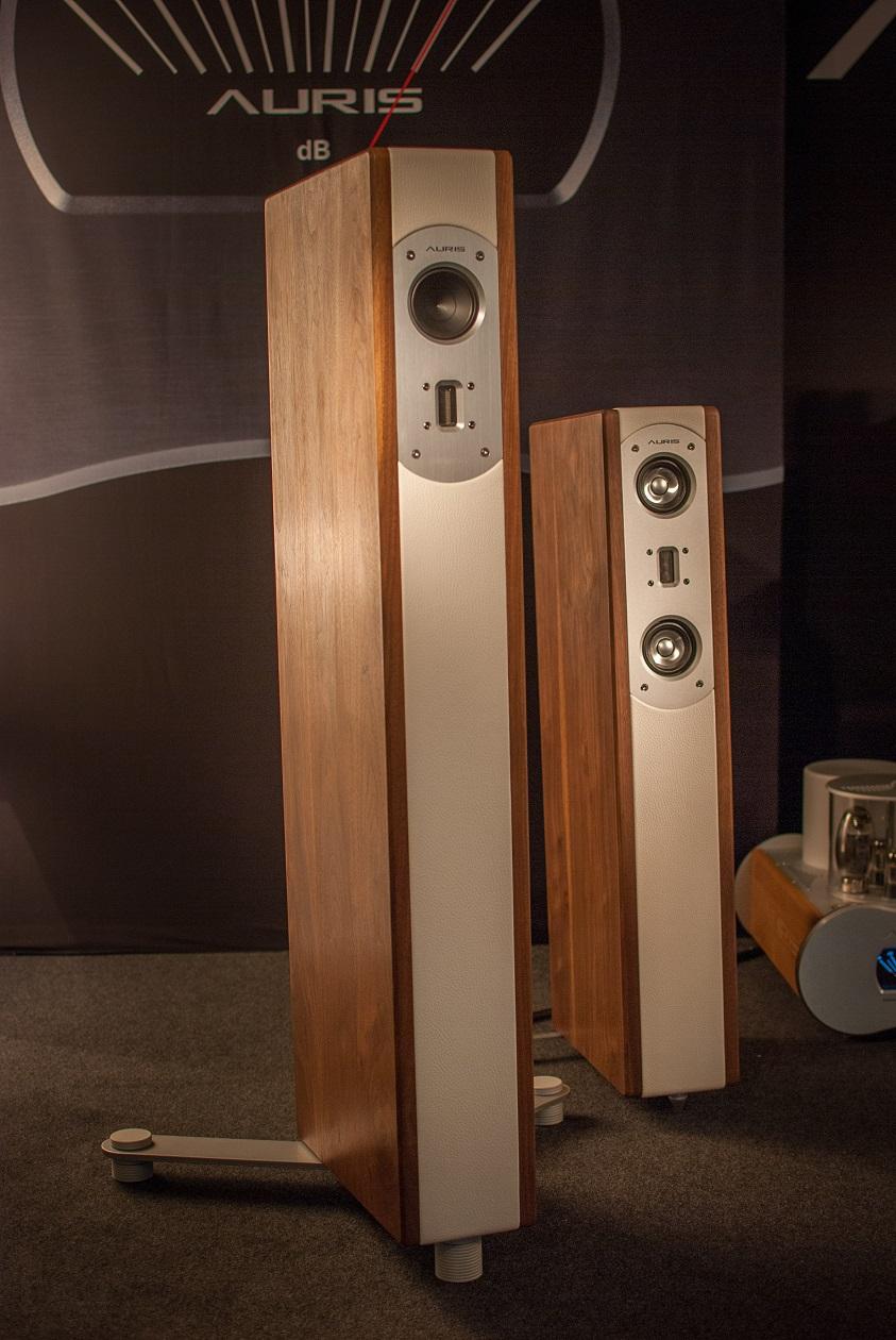 Auris Lautsprecher - Eleganter Materialmix
