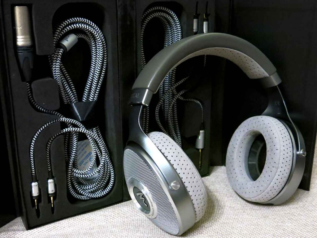 Focal Elear Kopfhörer Kabel Anschluss im Test