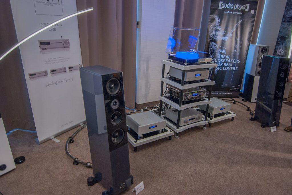 Der brandneue Audio Physic Lautsprecher Midex an AVM Elektronik