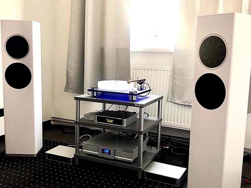 Lautsprecher und Netzfilter Manger p2 - Lindemann & Isote