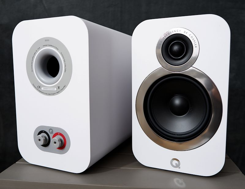 HiFi Kompakt Lautsprecher Q-Acoustics 3020i ohne Bespannung