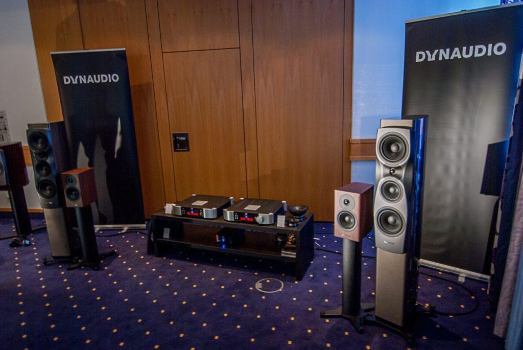 Setup im Dynaudio-Raum: Von klein bis groß mit feinster Elektronik