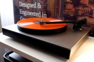 Cambridge Alva TT Plattenspieler mit Direktantrieb