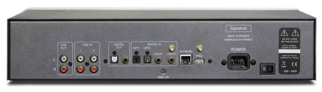 Atoll St 200 Signature Streamer mit Digital- und Analogeingängen