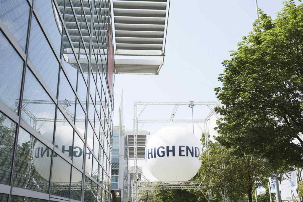 HighEnd München mit Ballon