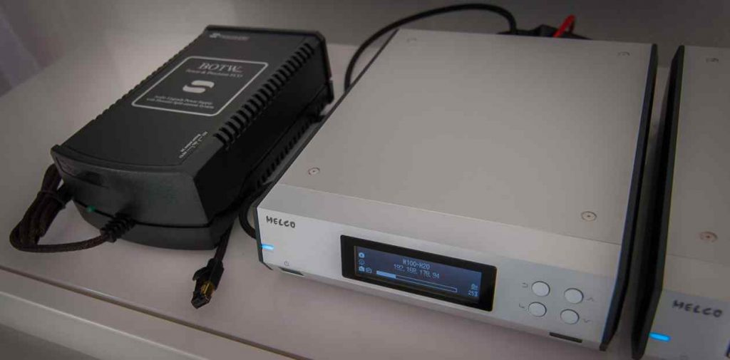 MELCO-N100 mit SBooster-Netzteil und MELCO LAN-Kabel