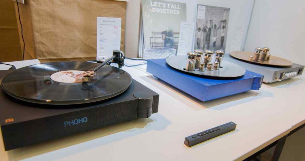 RARER Wireless (Tube) Stereo Systems - Röhren-Lifestyle