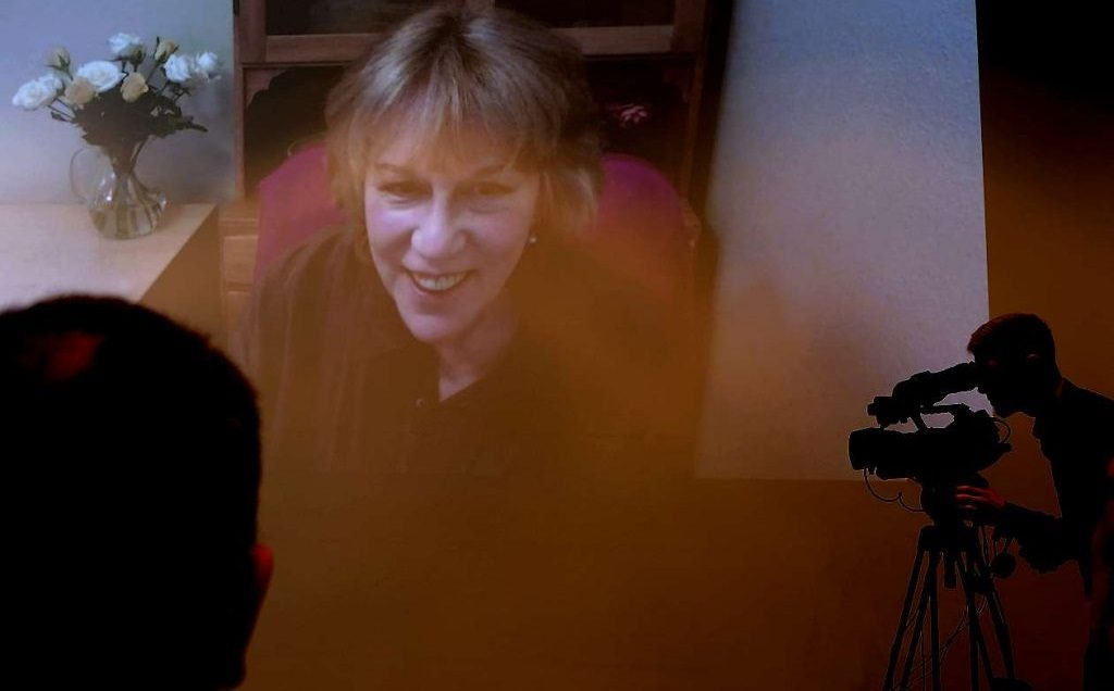 Jennifer Warnes auf der Video-Leinwand