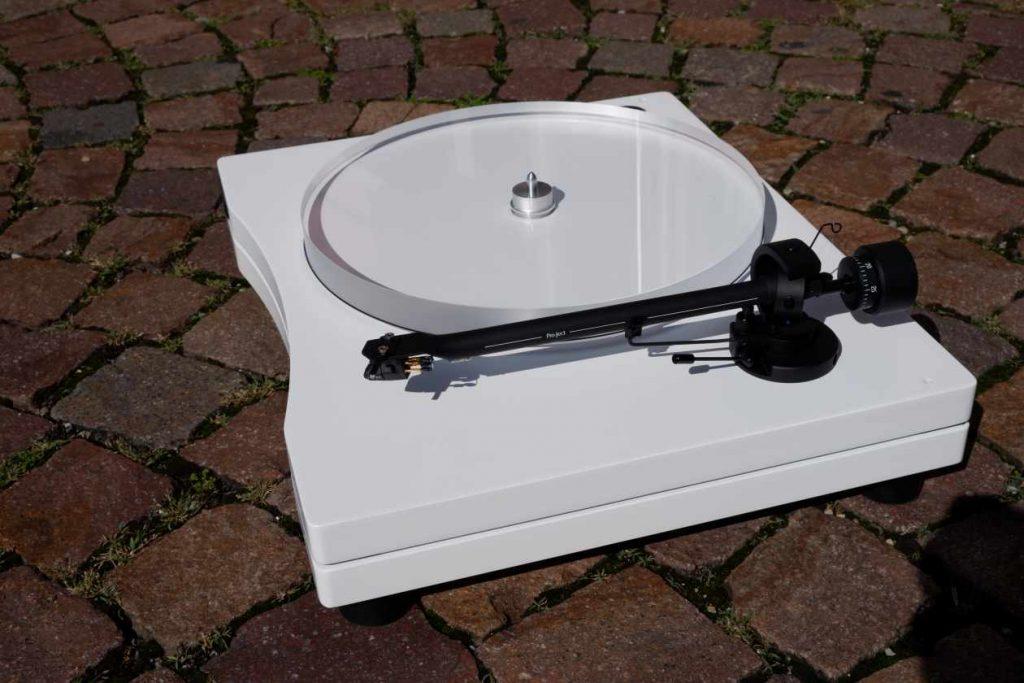 Plattenspieler New Horizon GD 2.25, Tonarm Pro-Ject 9 / 5 TP, Anschlussfeld für Tonabnehmer