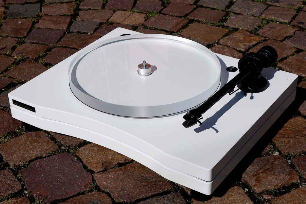 Im Test: Plattenspieler New Horizon GD 2.25 mit Pro Ject Tonarm und Goldring Tonabnehmer 1012 GX
