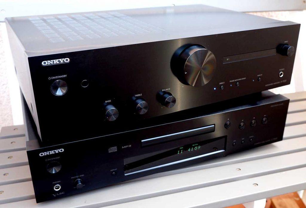 Im Test der HiFi-Vollverstärker ONKYO A-9130 sowie der CD-Player ONKYO C-7030