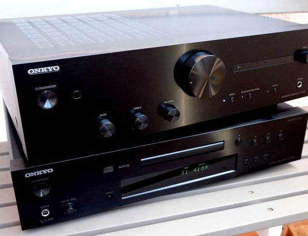 Test: ONKYO A-9130 HiFi Vollverstärker & ONKYO C-7030 CD-Spieler
