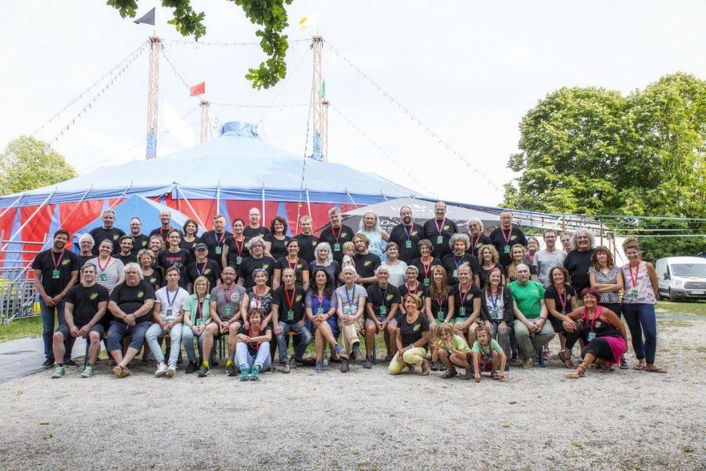Die ehrenamtlichen Mitarbeiter des Ulmer Zelt