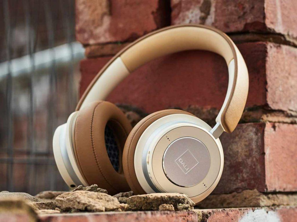 Neuer Over-Ear-Bluetooth Kopfhörer IO1 von Dali mit Noise Cancelling