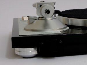 Fuss am Plattenspieler TEAC TN-4D