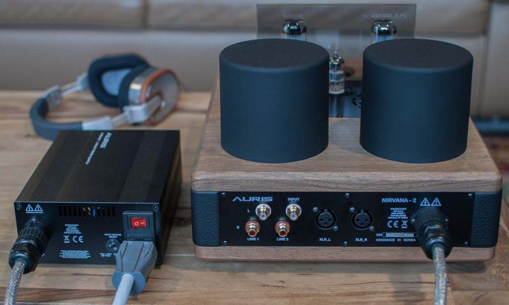 AURIS Audio NIRVANA mit separatem Netzteil - Rückseitige Anschlüsse