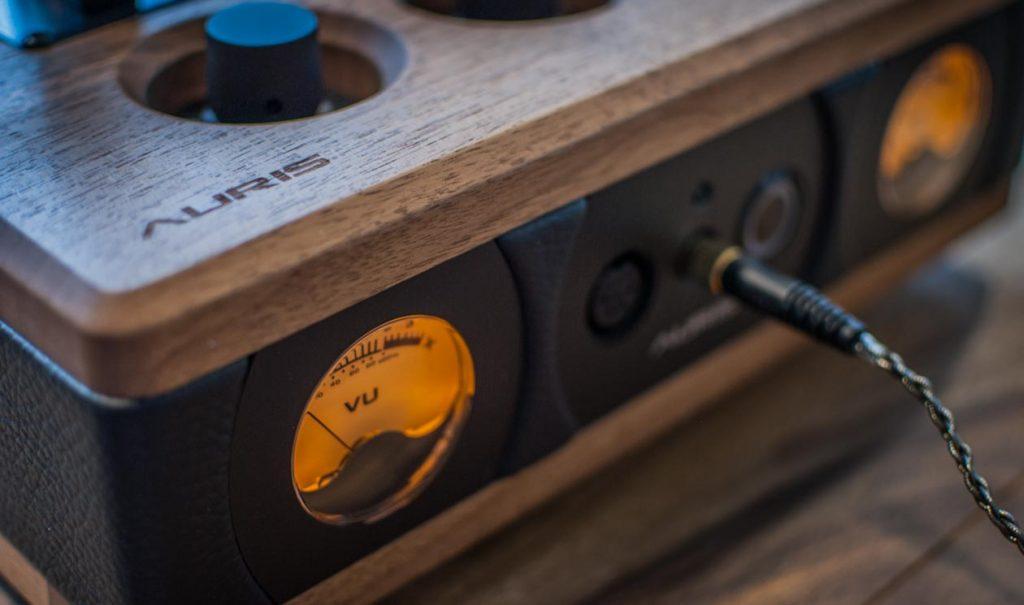 AURIS Audio NIRVANA - VU-Meter