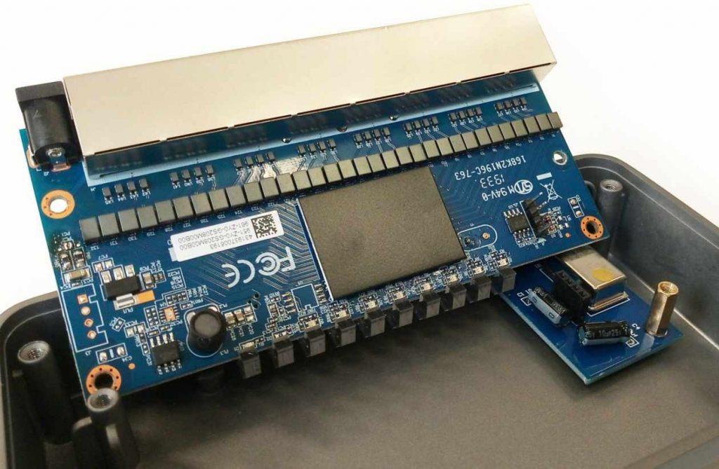 HiFi-Switch NuPrime SW-8 im Test. Hier im Bild die Clock