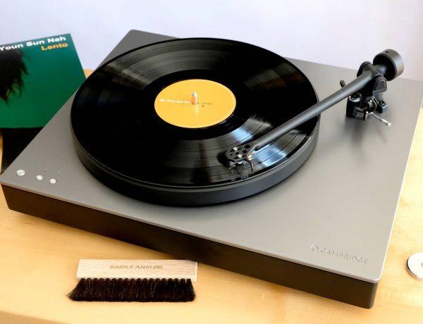 Test: Plattenspieler Cambridge Audio Alva TT mit Direktantrieb & Bluetooth aptX HD