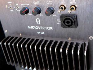 Speakon-Anschluss am Subwoofer Audiovector QR SUB