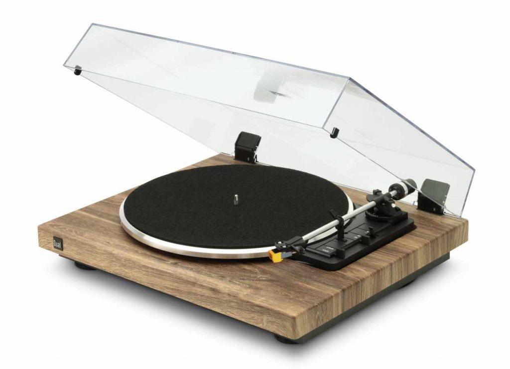 Neu: Der Plattenspieler Dual CS 458 mit integriertem Phono-Vorverstärker
