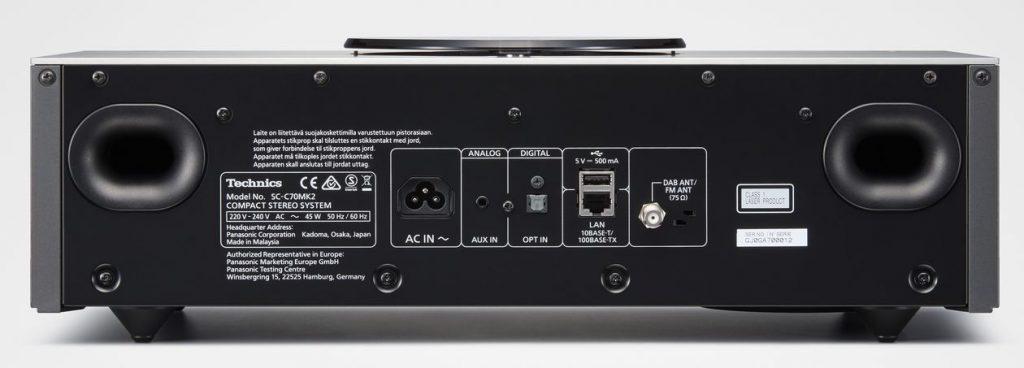 """Technics Stereo """"Kompakt-Anlage"""" SC-C70MK2 mit den Anschlüssen der Rückseite"""