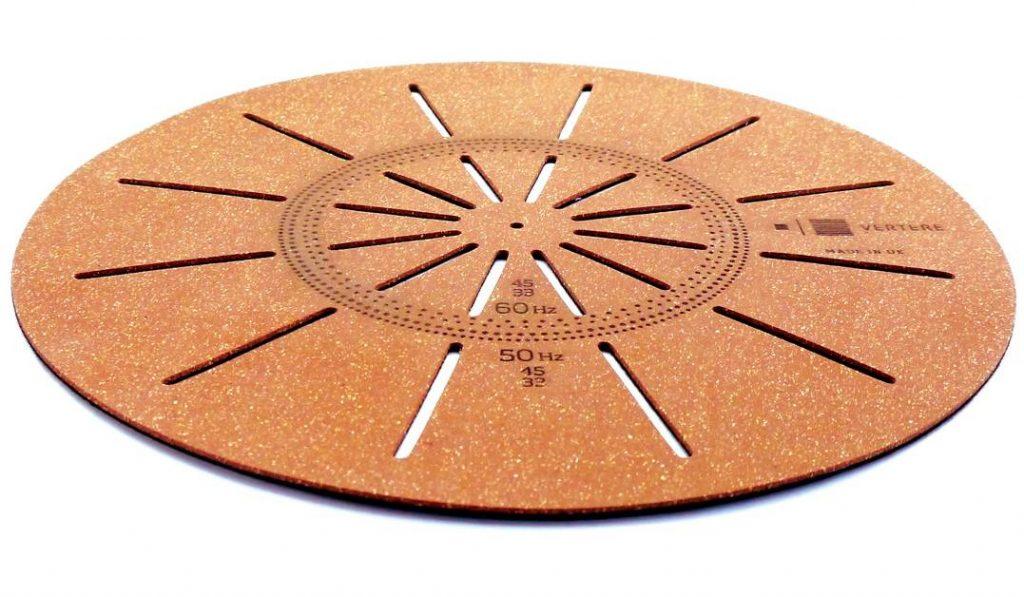 Neue Plattentellerauflage Techno Mat aus Kork von Vertere Acoustics