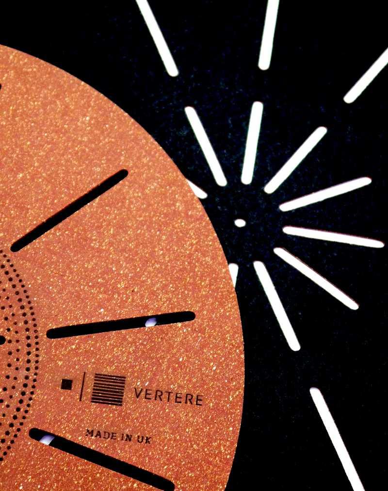 Plattentellerauflage aus Kork von Vertere Acoustic