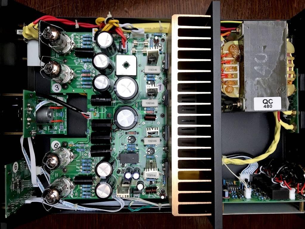 Aufbau des Hybrid-Vollverstärker Pier Audio MS-480 SE