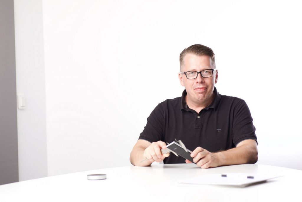 Im Bild der Custom-Installations-Spezialist Wolfgang Höhne, jetzt bei DALI Lautsprecher