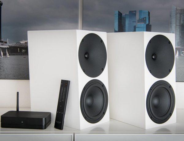 Test: Aktiver Kompaktlautsprecher Buchardt Audio A500 – drahtlos mit Hub unter 4.000 Euro