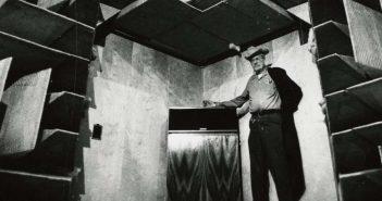 Paul Klipsch mit seinem ersten Klipschorn