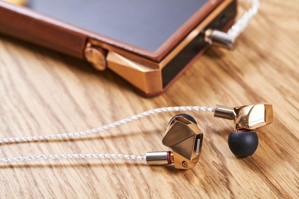Audiophiler High End In-Ear-Kopfhörer Final B1