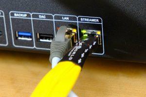 HiFi Cat-8 LAN-Ethernet-Kabel Wireworld Chroma 8 im Test. Hier am Musikserver von Innuos.