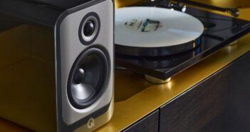 Im Bild die neuen HiFi-, Stereo- und Surround-Lautsprecher Q Acoustics Concept.