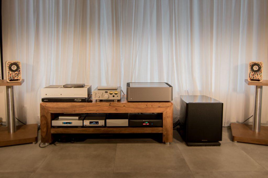 Audel-Nika-ART-Setup mit Cambridge Audio W und Musikserver
