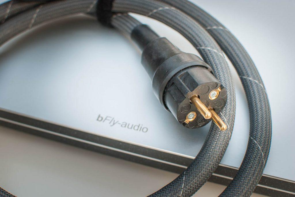 bfly-Netzkabel-Stecker
