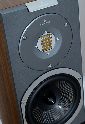 High End Kompaktlautsprecher Audiovector R1 Arreté im Test