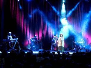 Die griechische Sängerin Haris Alexiou in der Stuttgarter Liederhalle im April 2020