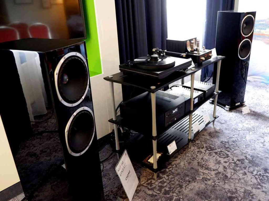 Standlautsprecher Fyne Audio 502 an Unison Research Little Italy