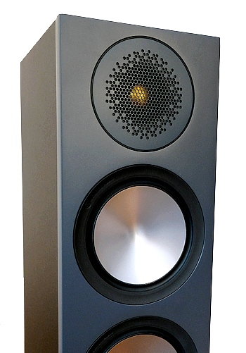 Tief-Mitteltöner des Standlautsprecher Monitor Audio Bronze 200.